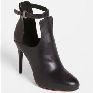 """Vince Sonia Leather Ankle Booties Boots 4"""" Heels"""